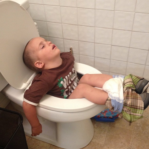 kid-asleep-toilet