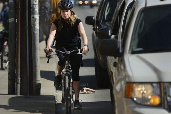 toronto_cyclist.jpg.size.xxlarge.promo