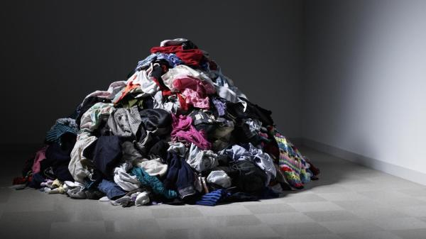 can-sell-used-clothes_881e0a7cf665a3c5